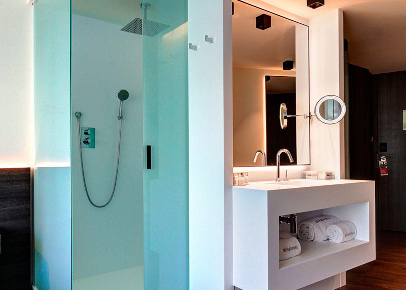 hotel-olivia-balme-solid-surface-3